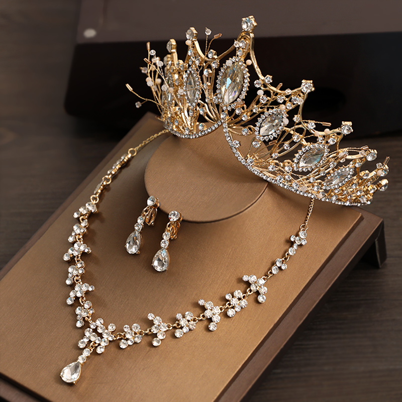 Three-piece Crown Set [one] Ear Pin