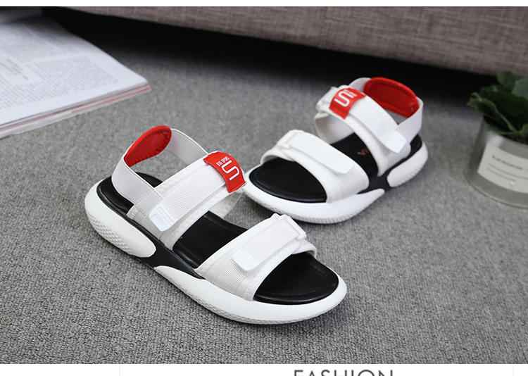 Summer 2018 new flat sandals female students wild magic stickers casual shoes. 81