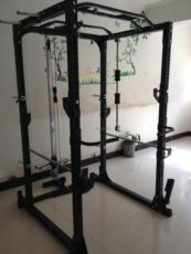 тренажер для силовых тренировок 16年新款功能最全框式深蹲架 龙门架卧推架举重床双杠综合训练