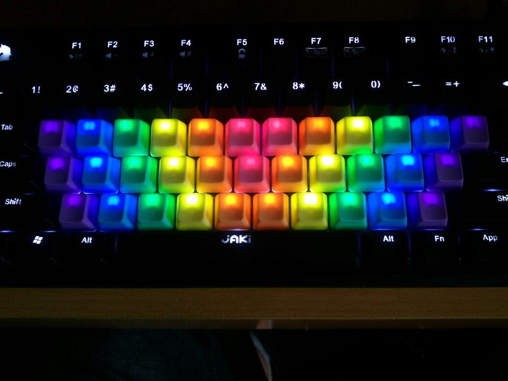 彩虹机械键盘键帽混彩键侧刻拼色透光机械键盘帽详细照片