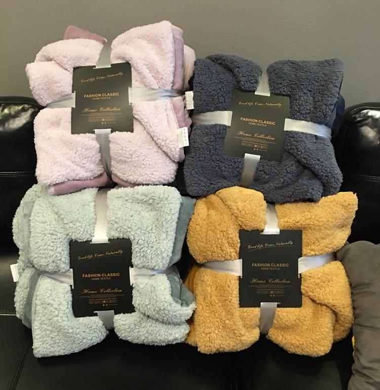 成人学生双面绒毛巾被小毛毯珊瑚绒斗篷婴儿厚春肚子宠物用毯披肩