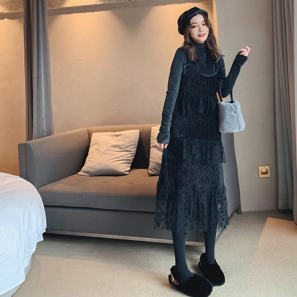 连衣裙女秋冬2018新款丝绒打底衫加配中长款吊带网纱裙两件套裙子