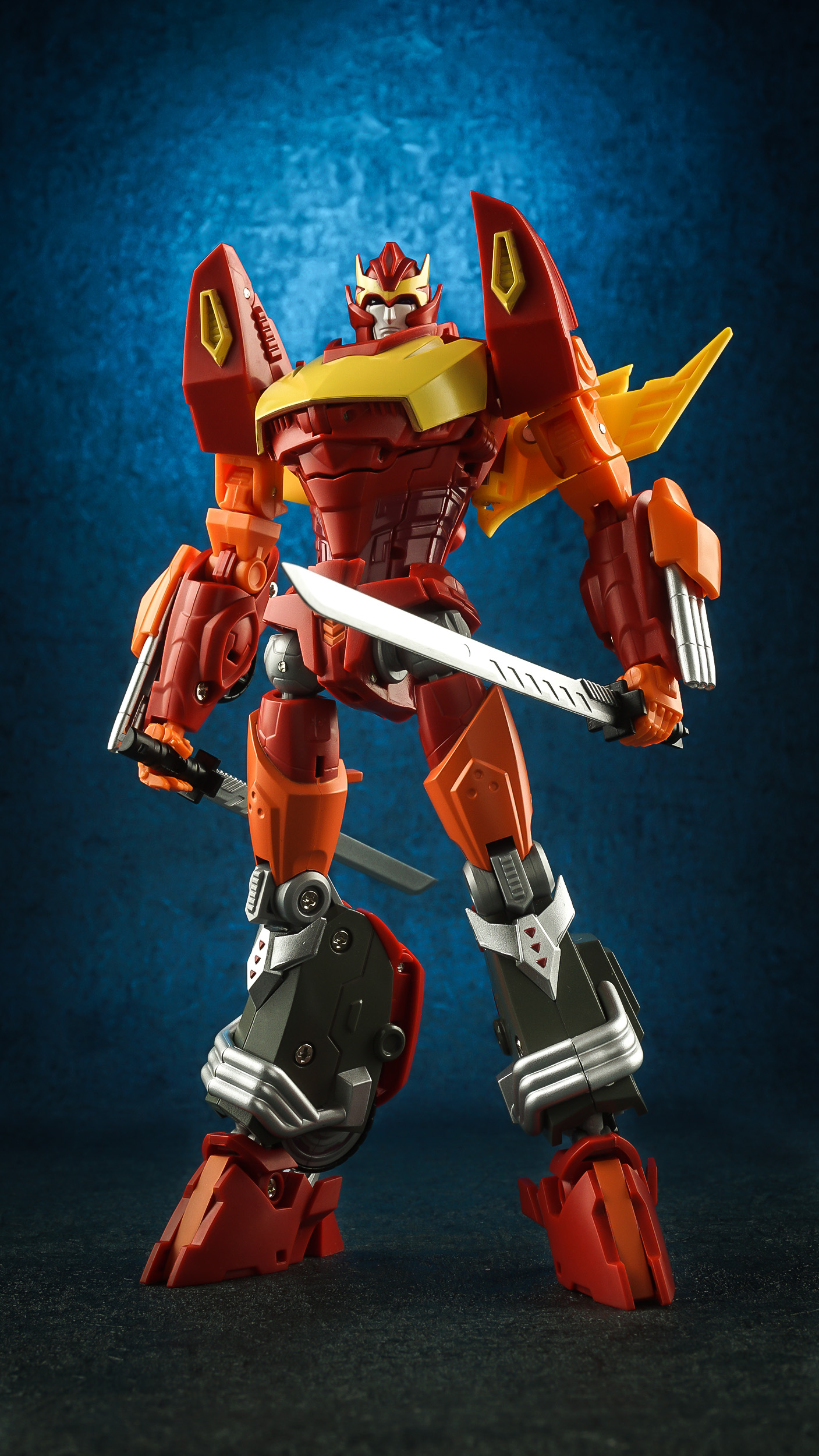 Transformers SXS toys R-04 Hot Flame IDW comics style hot broken in stock