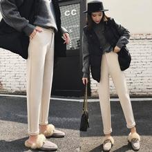 Повседневные брюки и шорты фото