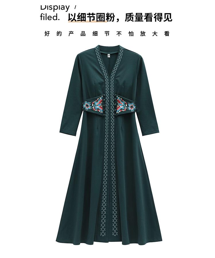 刺绣连衣裙-23.jpg