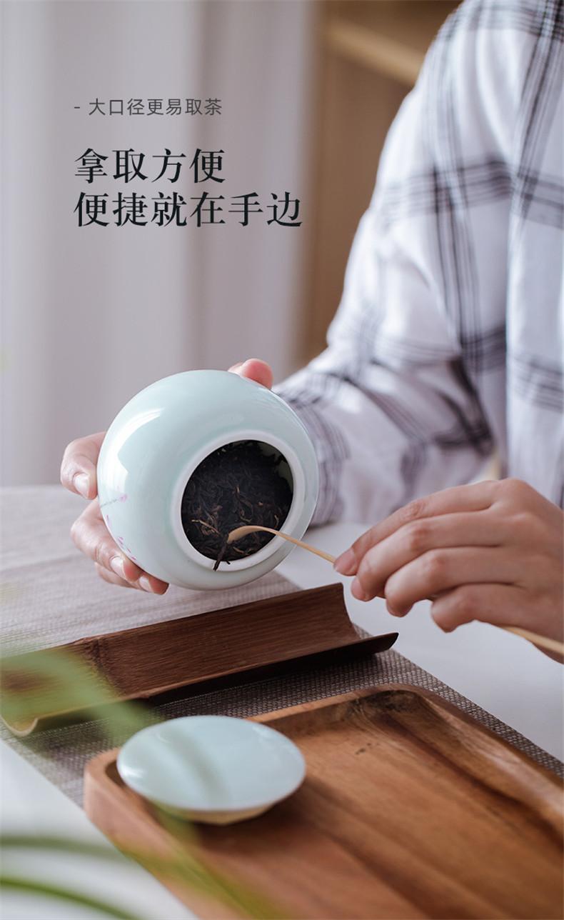 Jingdezhen pure hand - made ceramic seal pot lotus tea pot storage tanks moistureproof pure manual large tea accessories