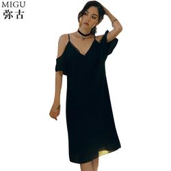 黑色礼服露背连衣裙