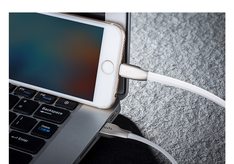 TOTU Zinc Alloy Connector Rhombic LED Audo-disconnect Quick Charge Lightning Cable for Apple iPhone iPad iPod