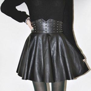 铆钉<span class=H>蓬蓬裙</span> 性感修身pu皮裙 纯色半身裙 高腰短裙