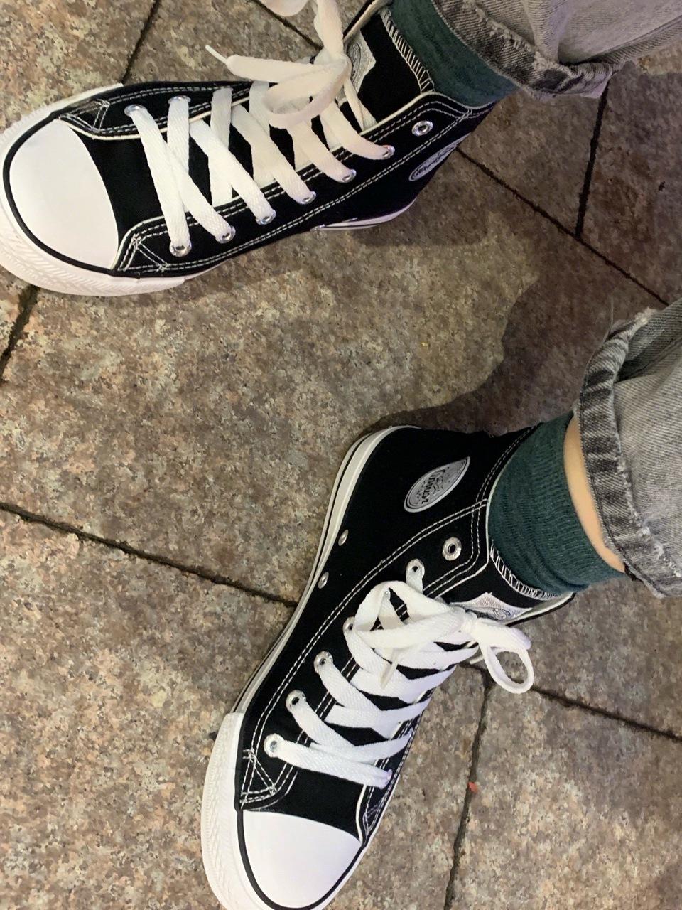 券值播(www.quanzb.com),回力 高帮黑色情侣款帆布鞋3