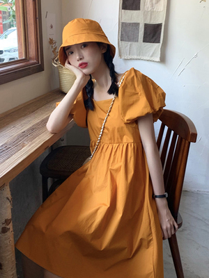 taobao agent Puff sleeve dress female spring new 2021 French high waist thin temperament ins wind square collar yellow skirt