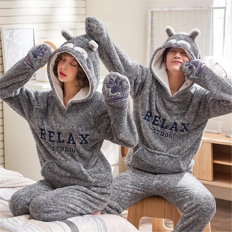 b578fde170 Real Shot Autumn And Winter Coral Fleece Couple Pajamas ...
