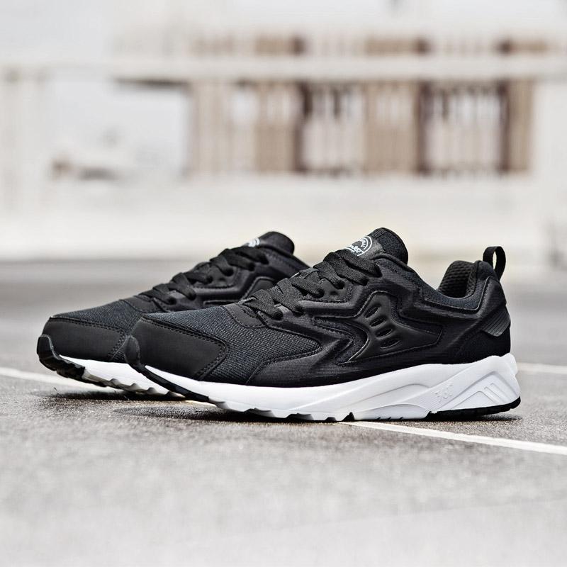【361度】时尚透气休闲跑步鞋