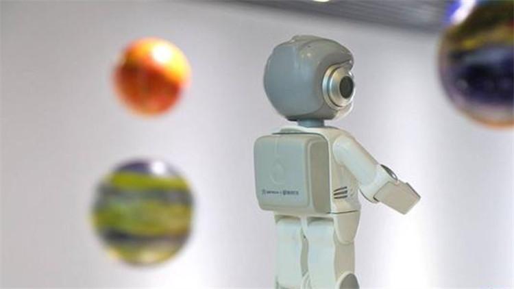 """爱生活,爱打扮(www.860029.com),""""生命感""""机器人,宝宝的益智好伙伴8"""