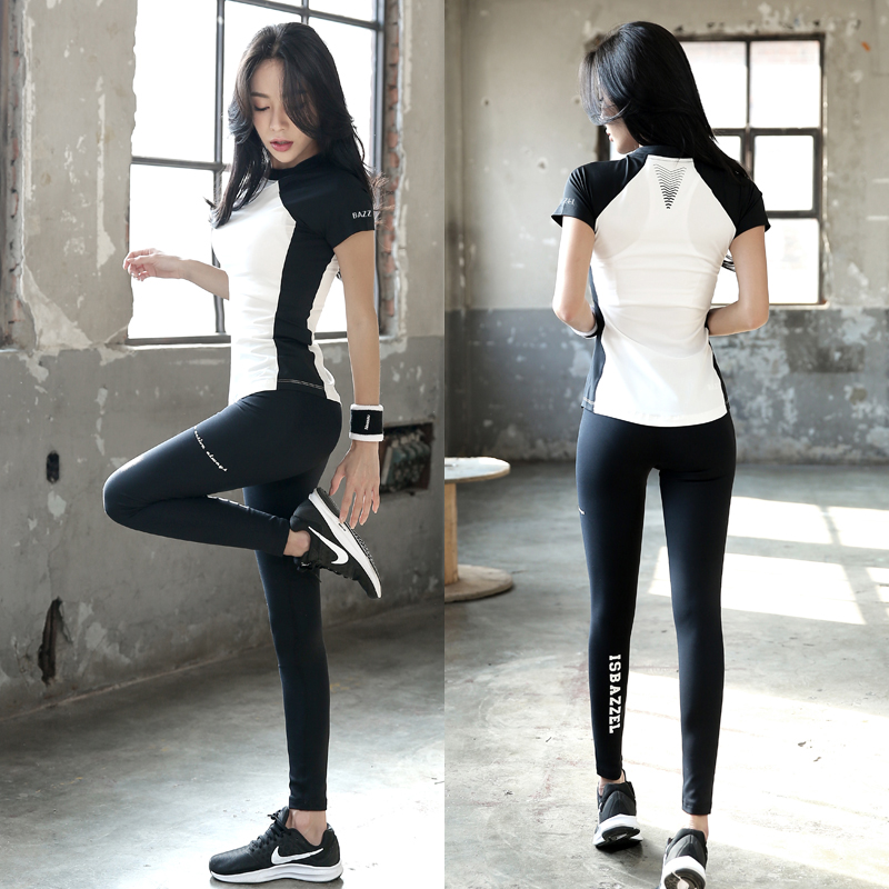 97254f0735 Yoga clothes female beginners quick-drying clothes short-sleeved net red  professional thin Tide running gym sports suit summer