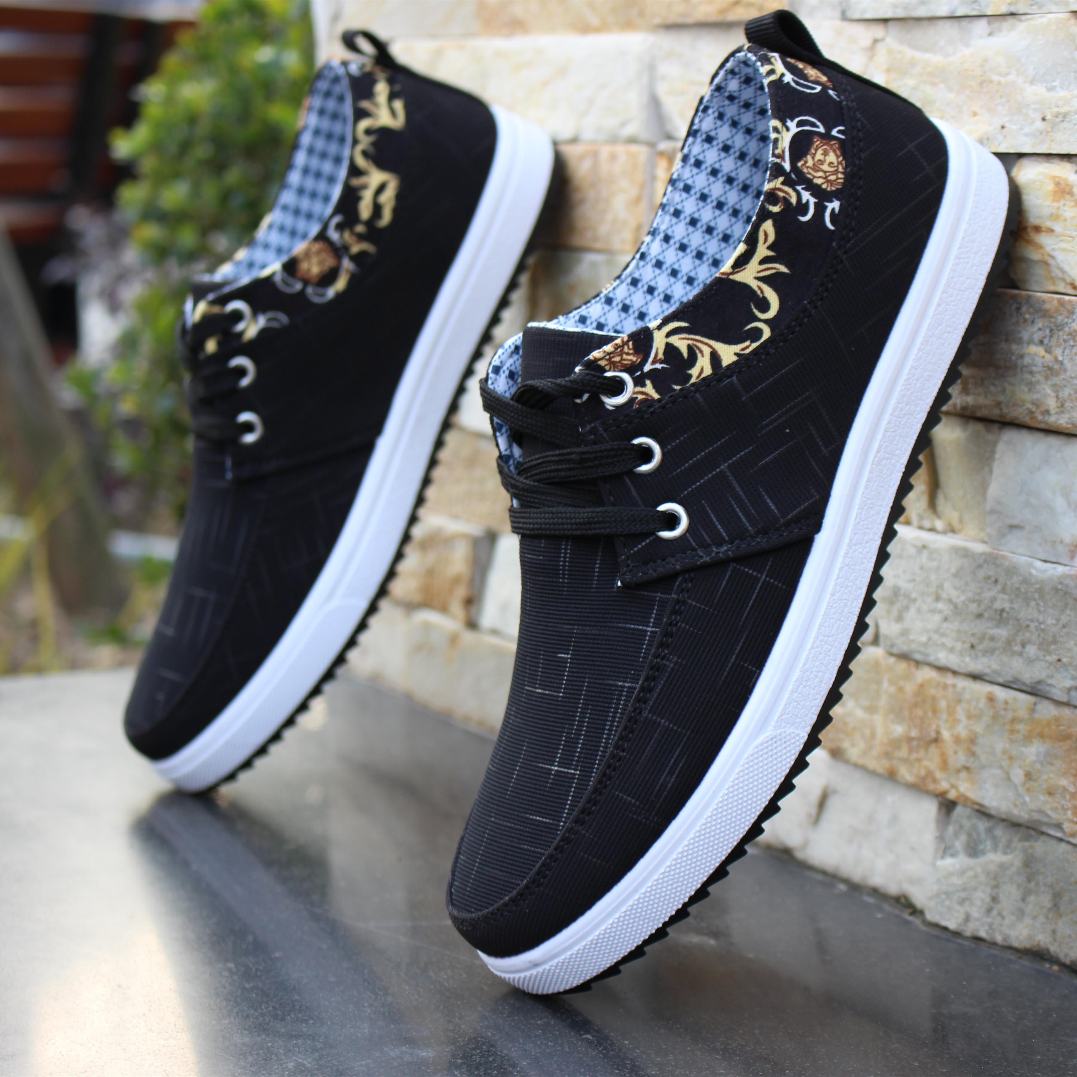 Ánh sáng mùa hè giày vải thoáng khí bình thường mùi kháng bò gân giày dưới không trượt cũ Bắc Kinh giày vải nam giày vải