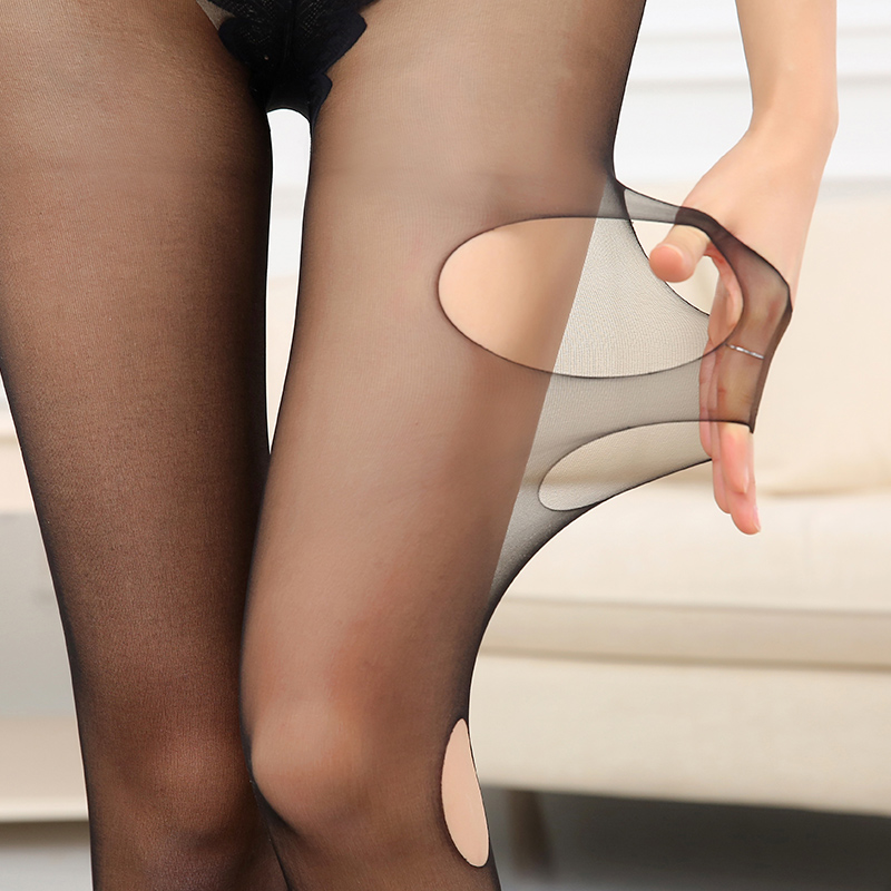 Pantyhose stripping tube