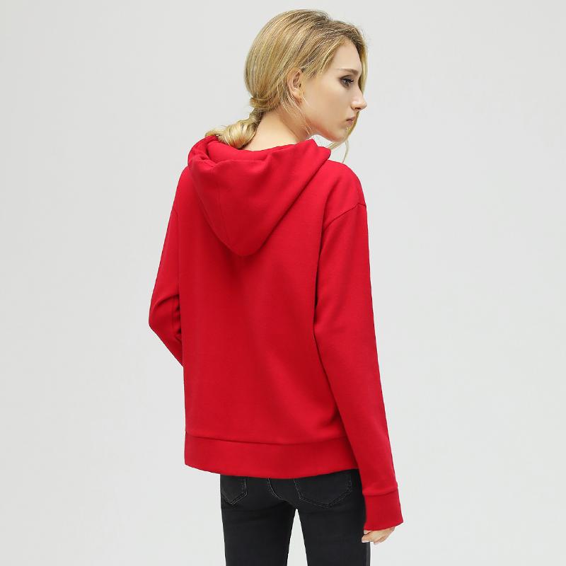 预售COCOBELLA红色毛衣女套头新款宽松连帽侧开叉针织打底衫YN342