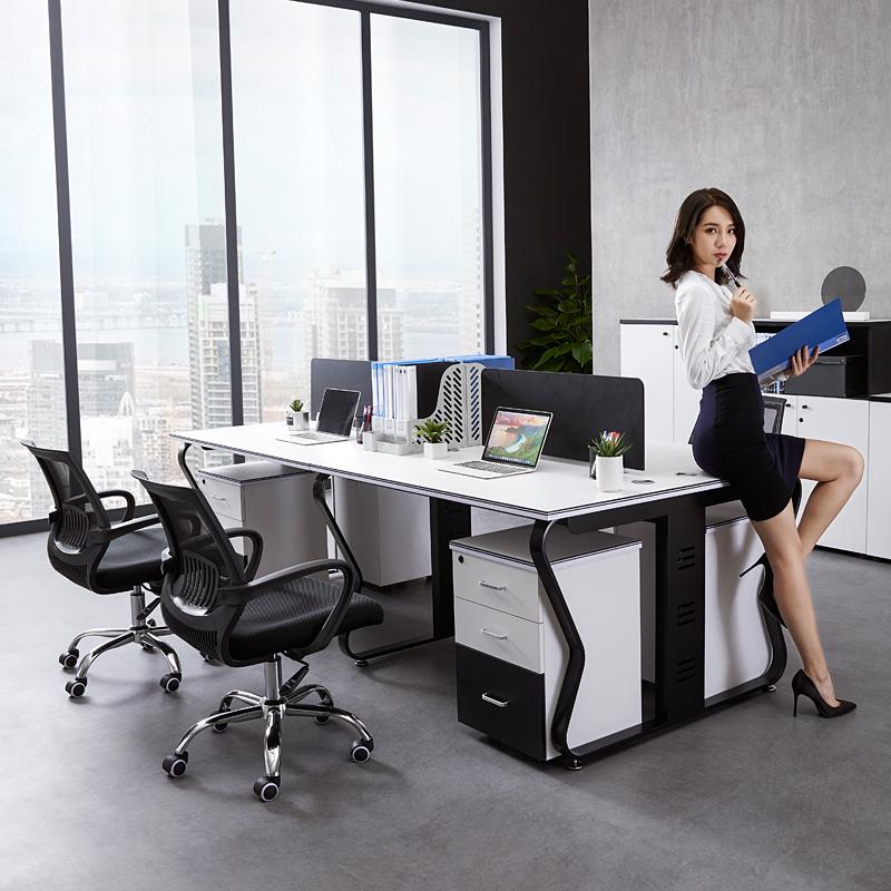 Bàn nhân viên Đơn giản hiện đại 4 người Quảng Châu nội thất văn phòng làm việc Nhân viên bàn màn hình ghế văn phòng