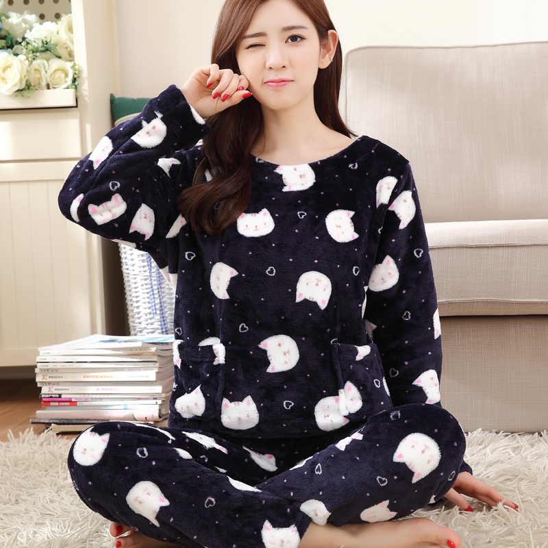 a6bf4e638a ... velvet home service suits  Share. Autumn and winter flannel long-sleeved  pajamas women cute cartoon Korean thickened round neck coral