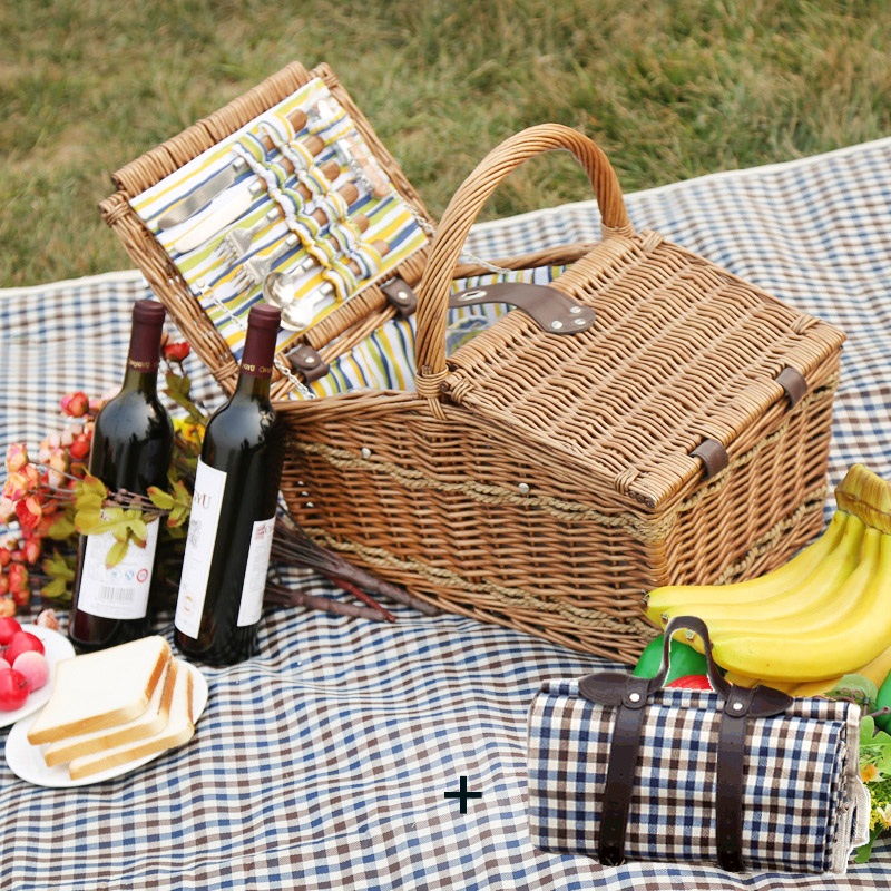 LWT-029 MEAL BASKET + UPGRADE 4 PERSON STAINLESS STEEL CUTLERY + PICNIC MAT