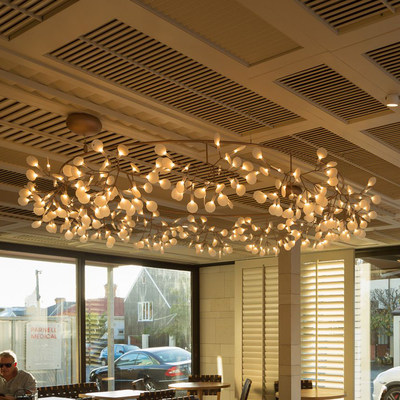 Postmodern creative branches simple chandelier firefly snowflake decorative light bar café clothing store living room light