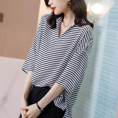 宽松大码V领真丝上衣女2020夏季新款黑白条纹印花中袖桑蚕丝T恤