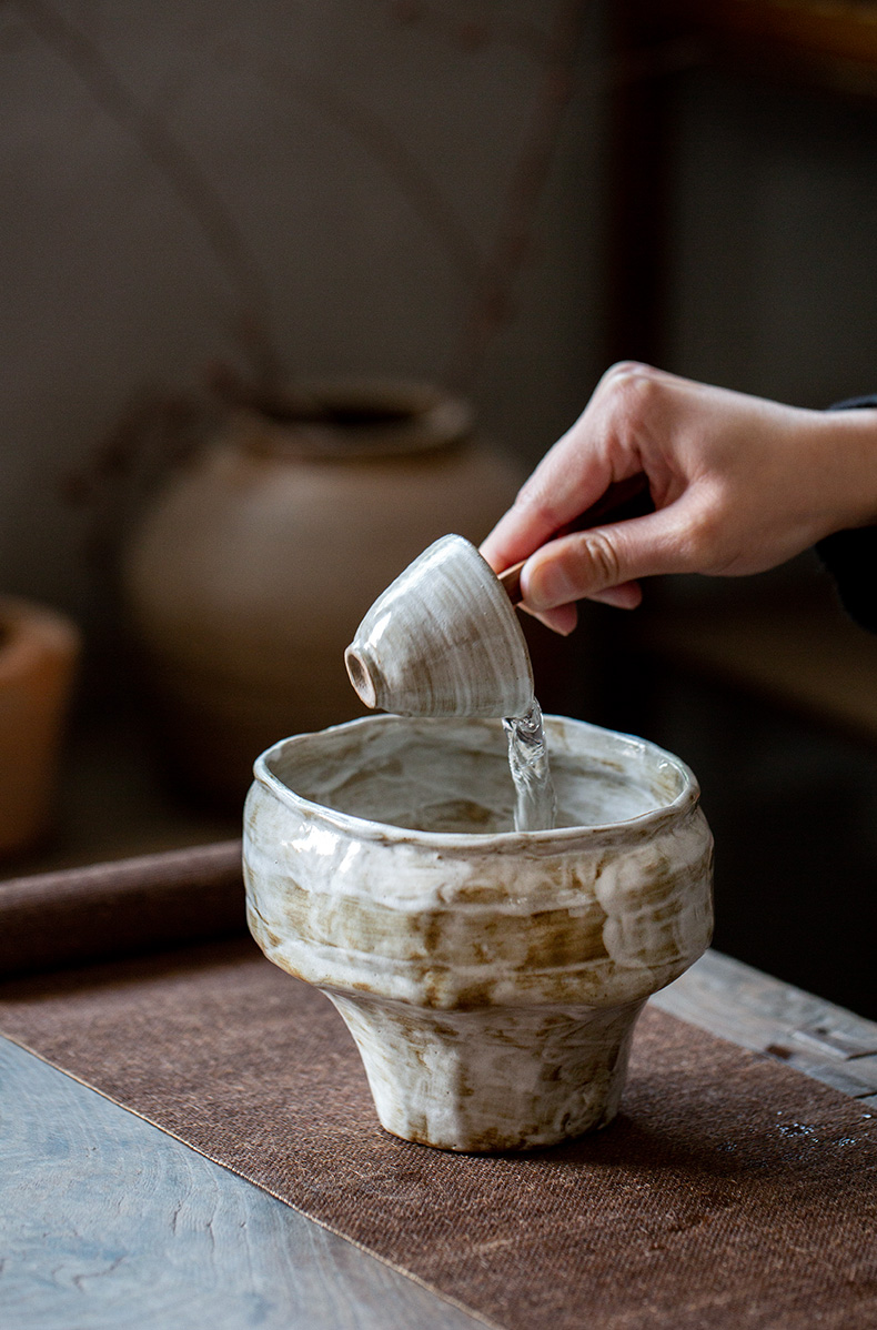 Ultimately responds to chai up change wash to checking ceramic tea cup of water, after the dross barrels flower tea accessories writing brush washer