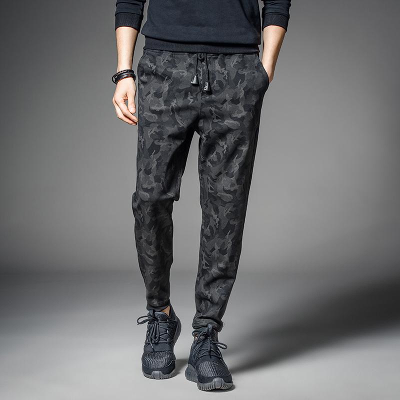 男士迷彩秋季运动潮流修身小脚哈伦裤