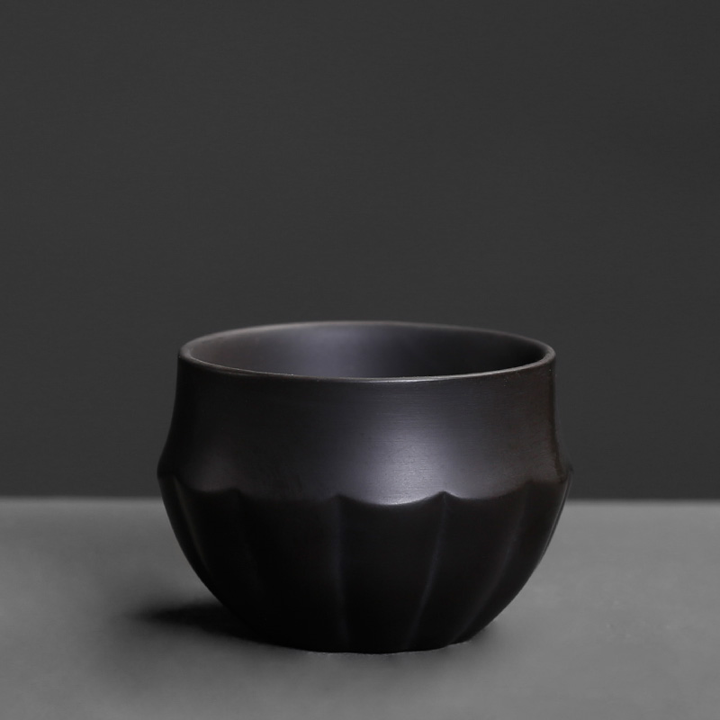 A single small cups ceramic household fortune restoring ancient ways yixing purple sand checking kunfu tea master CPU
