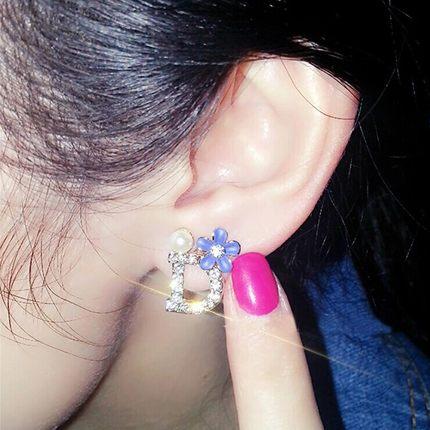 韩国不对称水钻人造珍珠花朵耳钉女士 韩版时尚气质简约耳饰饰品