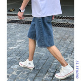Hong Kong wind retro summer thin section denim shorts male trend INS wild loose straight Korean version of the five pants