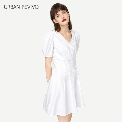 UR2018 Mùa hè mới Văn học và Nghệ thuật của Phụ nữ Cá tính V-Cổ Slim Sleeve A-Type Dress WE18S7AE2002