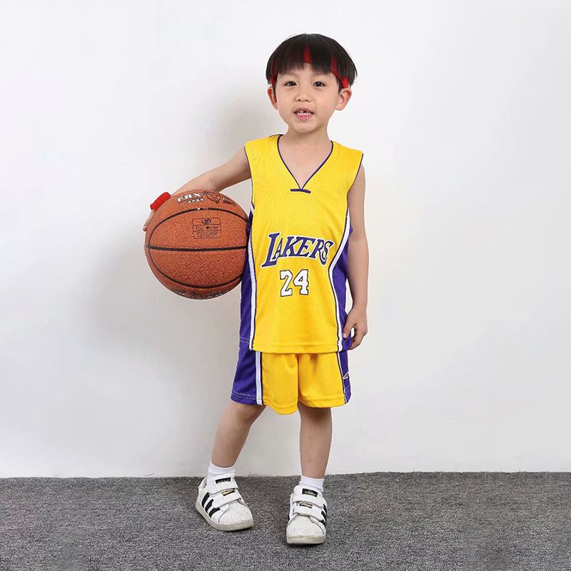 LAKERS YELLOW NO. 24 KOBE