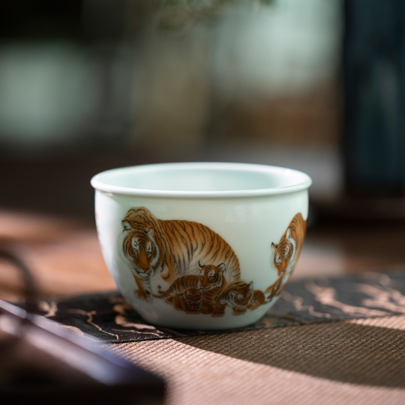 Royal maple hall archaize six HuTu cylinder of jingdezhen checking ceramic cups master cup kung fu tea set