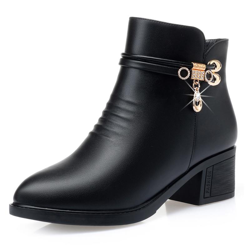 妈妈鞋棉鞋短靴女秋冬新款马丁靴中跟粗跟加绒真皮中老年平底皮鞋