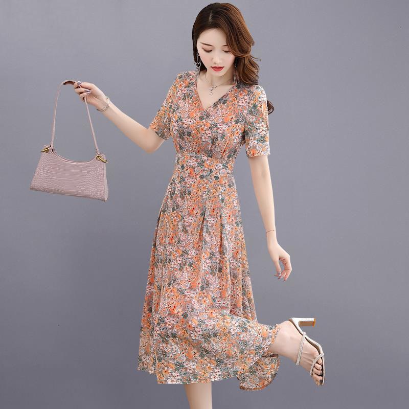 碎花雪纺连衣裙女夏2020年新款收腰遮肚显瘦名媛气质长裙夏天裙子