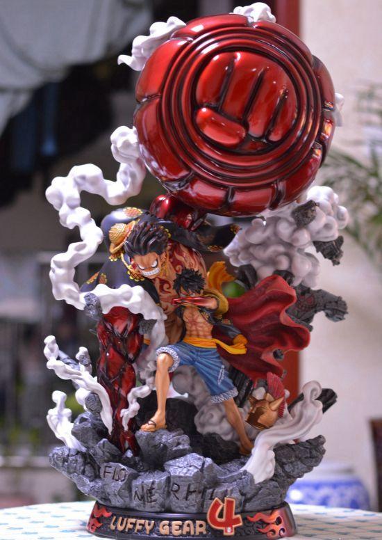 海贼王玩具雕像,是男孩们的榜样