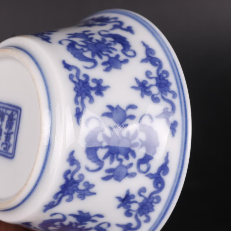 Blue and white life of word lines in the wsop archaize handicraft cups home furnishing articles antique antique Chinese porcelain