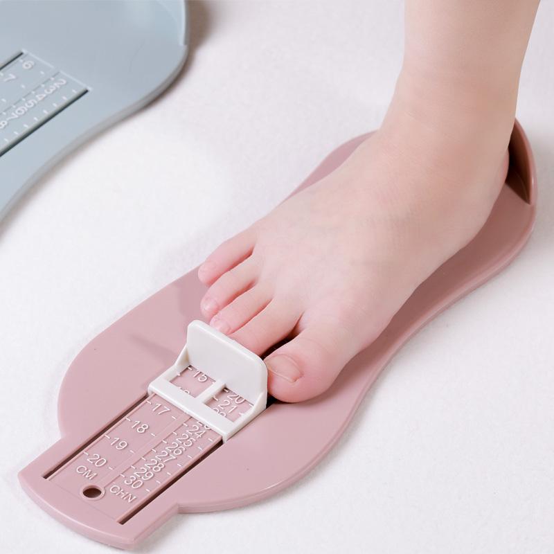 寶寶量腳器家用嬰兒新生兒童買鞋長腳長測量器內長量鞋尺碼0-8歲