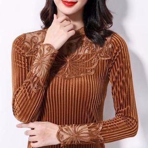 加绒不加绒蕾丝上衣长袖秋冬季金丝绒打底衫保暖大码女装小衫