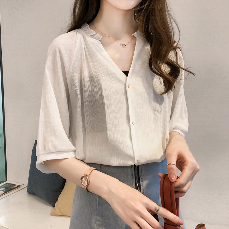 两件装雪纺衬衫女短袖2021夏季女装流行V领小衫女设计感小众衬衣
