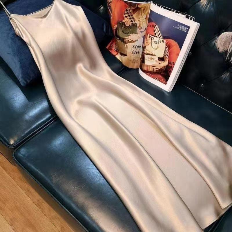 巧巧/流行夏季新款仿三醋酸连衣裙长款缎面