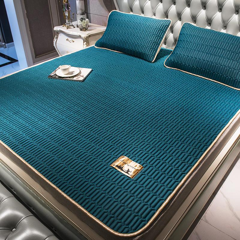 泰国乳胶凉席三件套家用折叠冰丝席可水洗1.5/1.8m空调席床垫两用