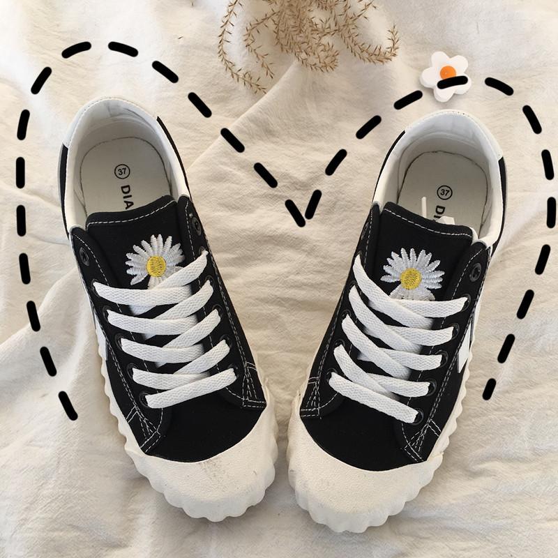 小白鞋女鞋+小雏菊2021新款夏季INS百搭爆款韩流潮牌时尚帆布女鞋(2021新款夏季INS百搭爆款帆布女鞋)
