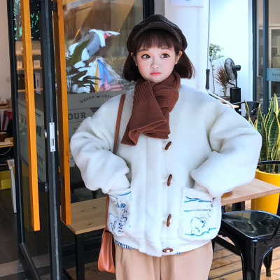 2017 winter new women Japanese soft sister loose students cartoon embroidery horns buckle short paragraph plush jacket tide