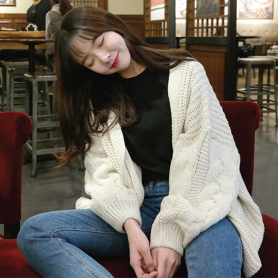 Autumn new women's Korean version of the small fresh wild lantern sleeve sweater coat loose solid color cardigan sweater women
