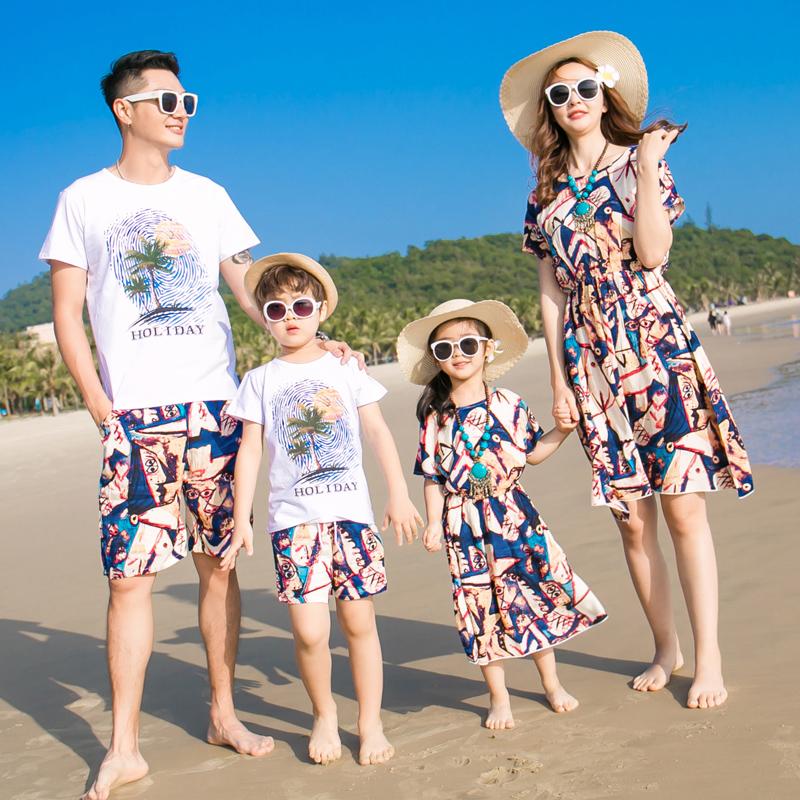 亲子装夏装2019新款潮全家装春装母子母女连衣裙一家三口四口套装