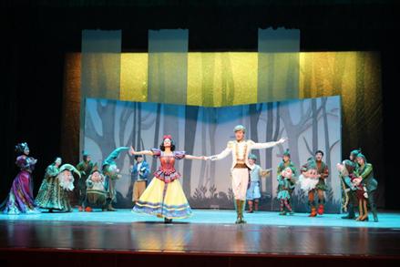 2021天恩演出·大型人偶童话剧《白雪公主和七个小矮人》-成都站