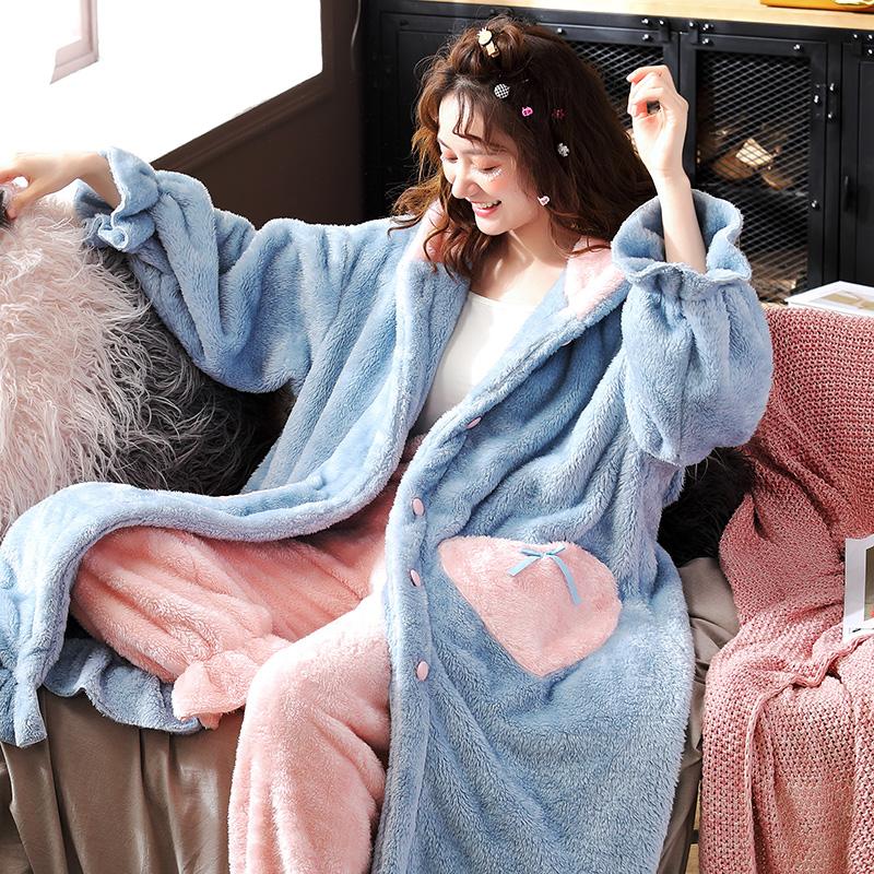 Đồ ngủ phụ nữ mùa thu và mùa đông dày ấm áp san hô lông cừu áo choàng ngủ dài giữa áo choàng tắm flannel nhà phục vụ mùa đông - Cha mẹ và con